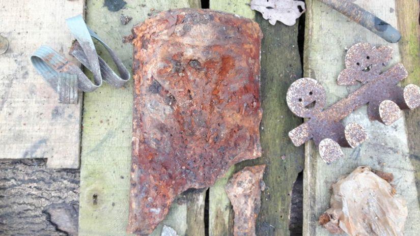 KFS Archeology table-2